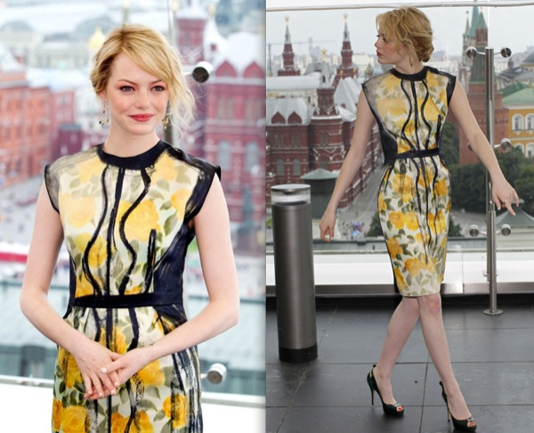 emma-stone-in-lanvin-e28093-e28098the-amazing-spider-man_-moscow-photocall