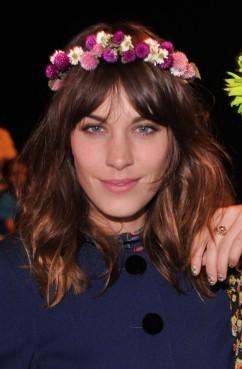 Alexa+Chung+Floral+Crowns+7y3I_pPg3JXl