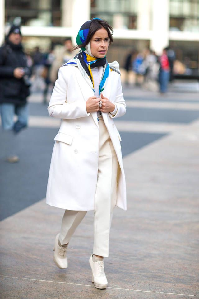 miroslava duma new york fashion week white look scarf