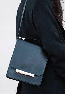 the row bag simplicity