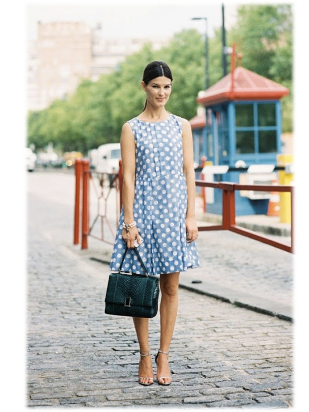 Get the look Hanneli Mustaparta dotted denim dress heeled sandals fashion blogger style celebrity