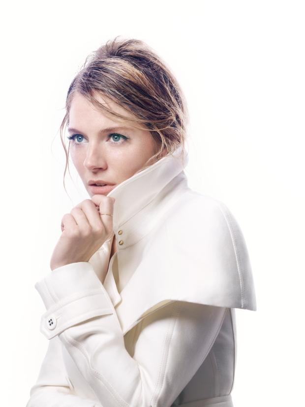 Sienna-Miller-by-David-Slijper-O-Sienna-UK-Harpers-Bazaar-January-2013-1