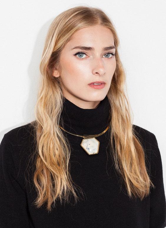 uterqüe hexagonal stone necklace
