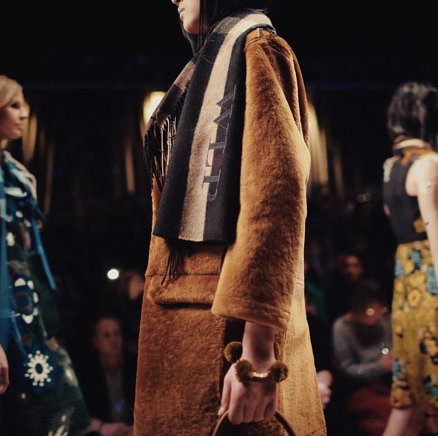 Burberry Runway Fall 2015 London Fashion Week