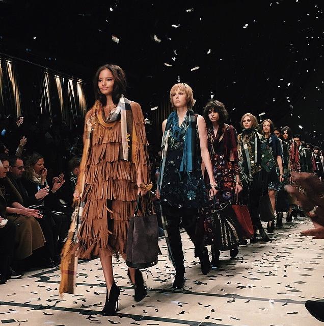 Burberry Runway Fall 2015London Fashion Week