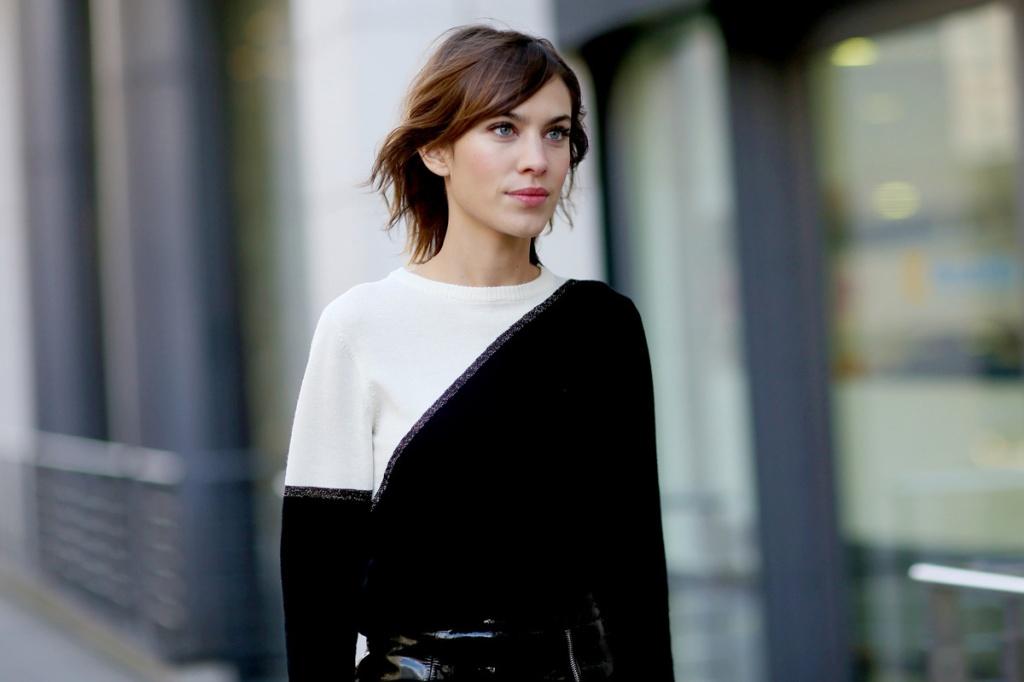 alexa chung london fashion week street_style_semana_de_la_moda_de_londres_febrero_2015_190351735_1200x