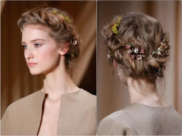 valentino ss15 runway hair style flower crown2