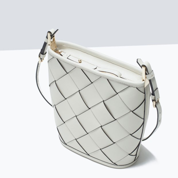 bolso saca trenzada de Zara ss15