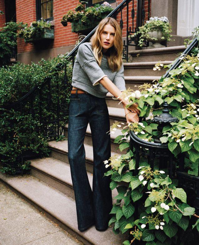 Dree Hemingway flare jeans trend streetstyle heelsandpeplum 2