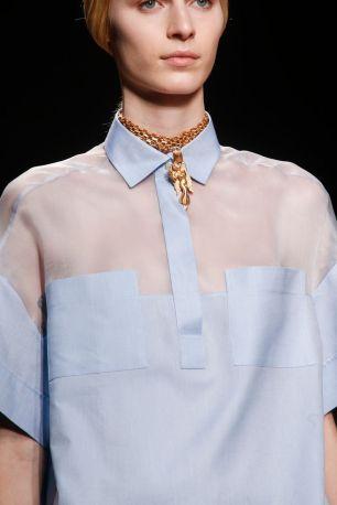 streetstyle blue shirt heelsandpeplum ways to wear valentino details