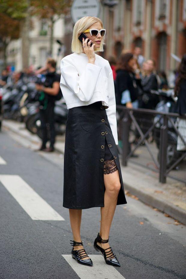 streetstyle lace up flats trend season heelsandpeplum