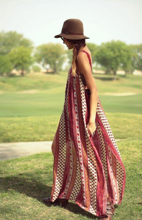 heelsandpeplum bohemian dress streetstyle fashion