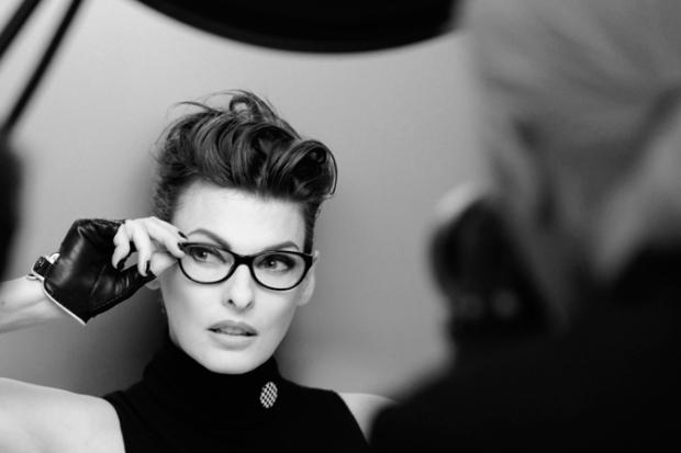Linda-Evangelista-Chanel-Eyewear-03